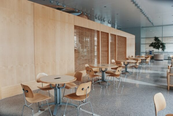 Управление безопасностью пищевых продуктов в школьных столовых
